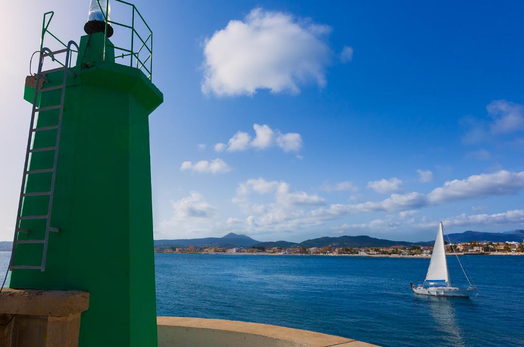 Faro verde puerto de Javea